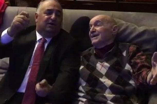 Hıncal Uluç 79'uncu yaşını 'Kıbrıs Gelini' ile kutladı! (Medyaradar/Özel)