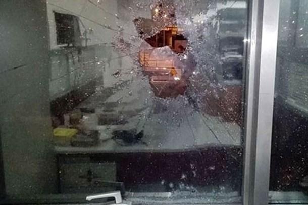 Televizyon kanalına silahlı saldırı!