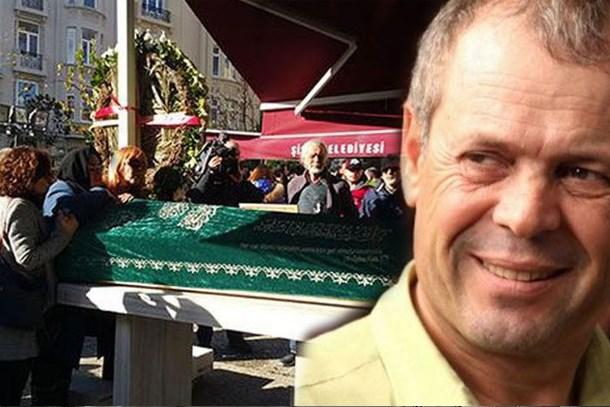 Vahşice öldürülen ödüllü yönetmen Mustafa Kemal Uzun'a son veda!