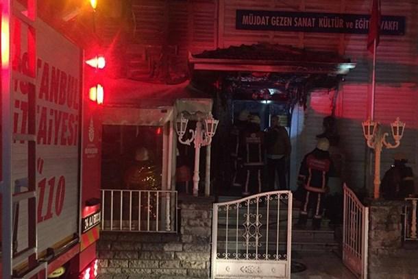 CHP'li Altıok'tan Bakan Avcı'ya 'Müjdat Gezen' mektubu: Daha ne bekliyorsunuz?