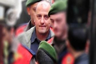 Ağabeyinden tutuklu gazeteci Ahmet Şık'a: Bir mektubu sadece sana yazamamak!