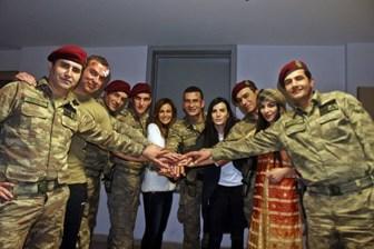 'Bordo Bereliler Suriye' filminin vizyon tarihi belli oldu!