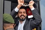 Şike davasında gerginlik! Mehmet Baransu nezarete atıldı