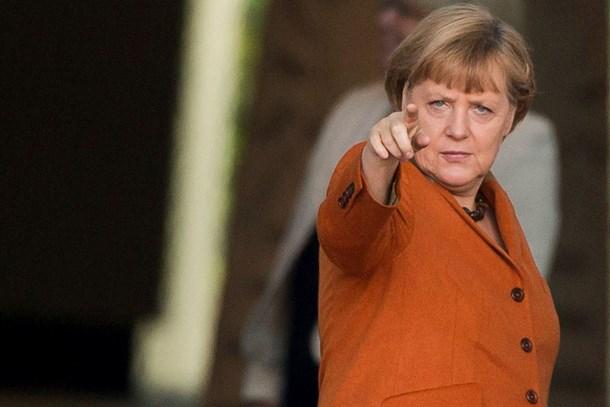 Merkel'den Die Welt muhabirinin tutuklanmasına tepki!