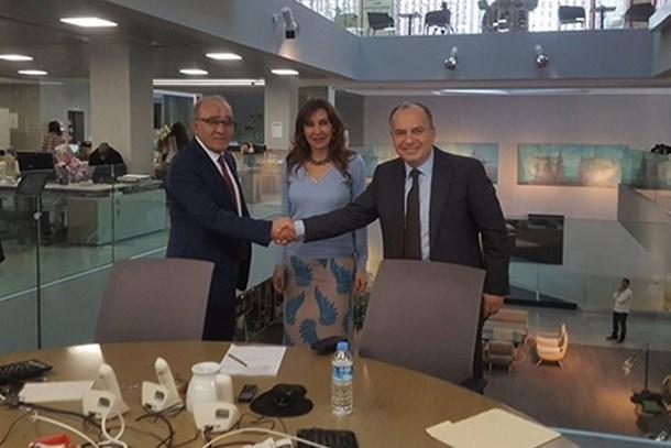 Hürriyet yönetiminde devir-teslim; Sedat Ergin, görevini Fikret Bila'ya devretti