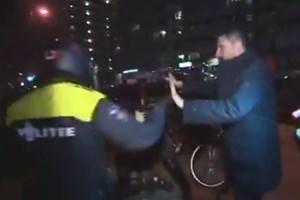 Hollanda polisinden Erhan Çelik'e sert müdahale