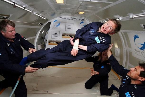Stephen Hawking uzaya gidecek!