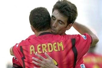 Galatasaray'dan Hakan Şükür ve Arif Erdem'e ihraç kararı