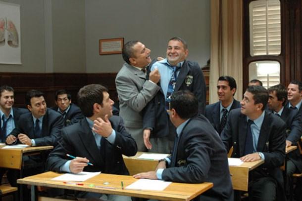 Yeni bir sitcom geliyor! Mehmet Ali Erbil ve Şafak Sezer başrolde!