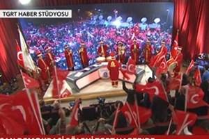 Canlı yayında mehter takımıyla 'Evet' kutlaması