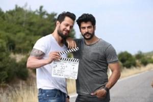 Burak Özçivit'ten yeni film süprizi! 'Kardeşim Benim 2' geliyor!