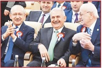 Kılıçdaroğlu'nun o fotoğrafı Yılmaz Özdil'i çok kızdırdı: Guguk Kuşu'nun bu mutluluğu Nutuk'ta yazıyor!