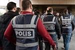 Sözcü yazarından flaş iddia! FETÖ'de operasyon sırası siyasilere geldi!