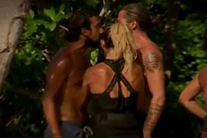 Survivor'da şok kavga! İlhan ve Serhat birbirine girdi