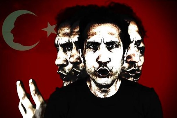Atatürk'e hakaret edenlere kapak yaptı! Kıraç'tan 19 Mayıs Marşı!