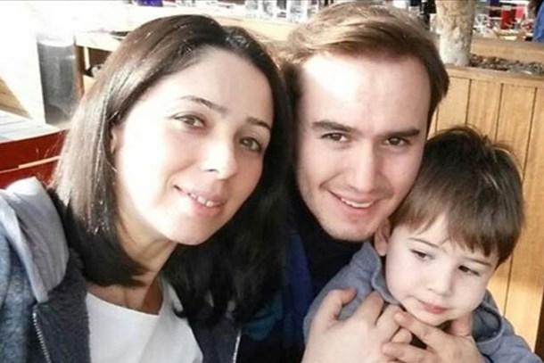 Mustafa Ceceli'nin 9 yıllık evliliği tek celsede bitti!