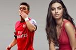 Mesut Özil'den Amine Gülşe'ye 200 bin TL'lik tektaş ile evlilik teklifi!