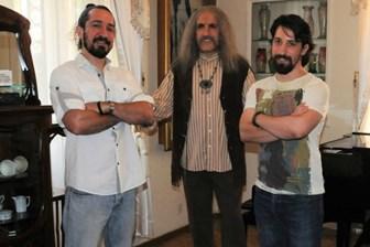 Oğulları açıkladı! Barış Manço'nun hayatı film mi oluyor?