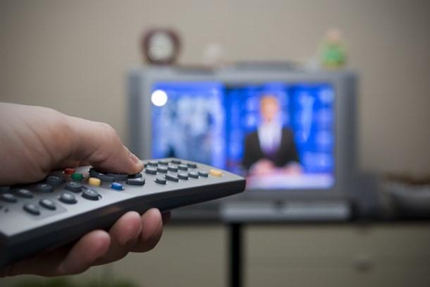 Pazar gününün reyting zirvesinde hangi program yer aldı?