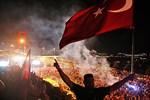 Fatih Belediye Başkanı Demir'den çok özel 15 Temmuz yayını!