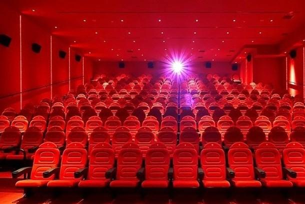 37 yeni film, 385 bin 590 seyirci! Sinemada hafta sonu bereketi!