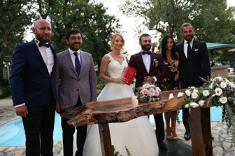 Diriliş Ertuğrul'da düğün zamanı! Mutluluğa 'Evet' dedi!