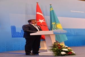 Zeybekci'den Kazak iş dünyasına