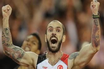 Atletizmde tarihi başarı! Ramil Guliyev dünya şampiyonu!