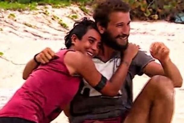 Survivor Sabriye'den Adem ile aşk iddialarına cevap!
