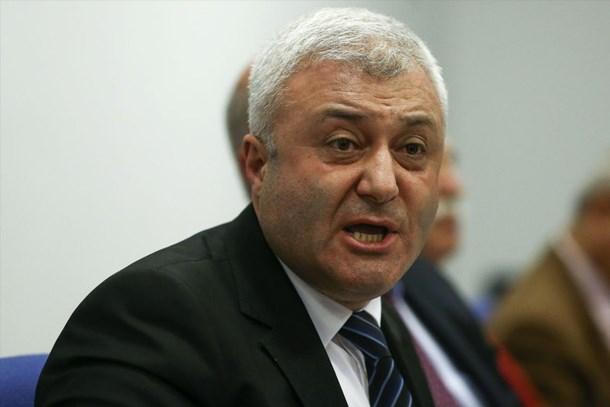 Sabah yazarından Tuncay Özkan'a Kanaltürk soruları: Gazeteci olduğu halde...
