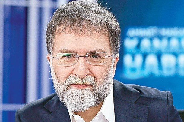 Ahmet Hakan'dan aşk bombası! Sosyetik güzelle yeniden bir arada!