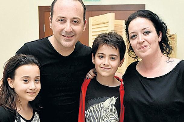 Tolga Çevik'in eşi konuştu: Beni eve kilitlediği için evden çıkma sürem kısıtlı...