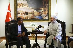 Keleş, Avrupa Rohingya Konseyi Başkanı Kyaw'ı kabul etti