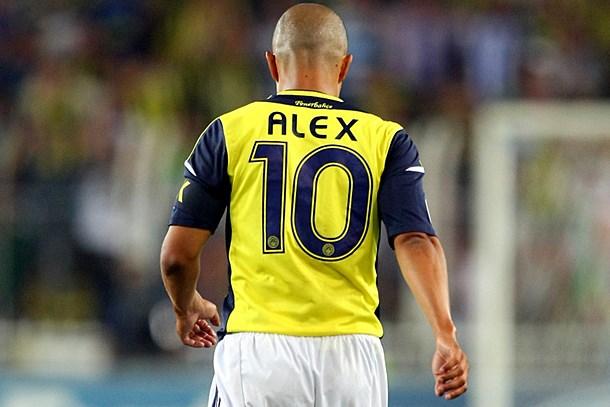 Belgeselin yönetmeni açıkladı: Fenerbahçe, Alex de Souza'ya izin vermemiş!