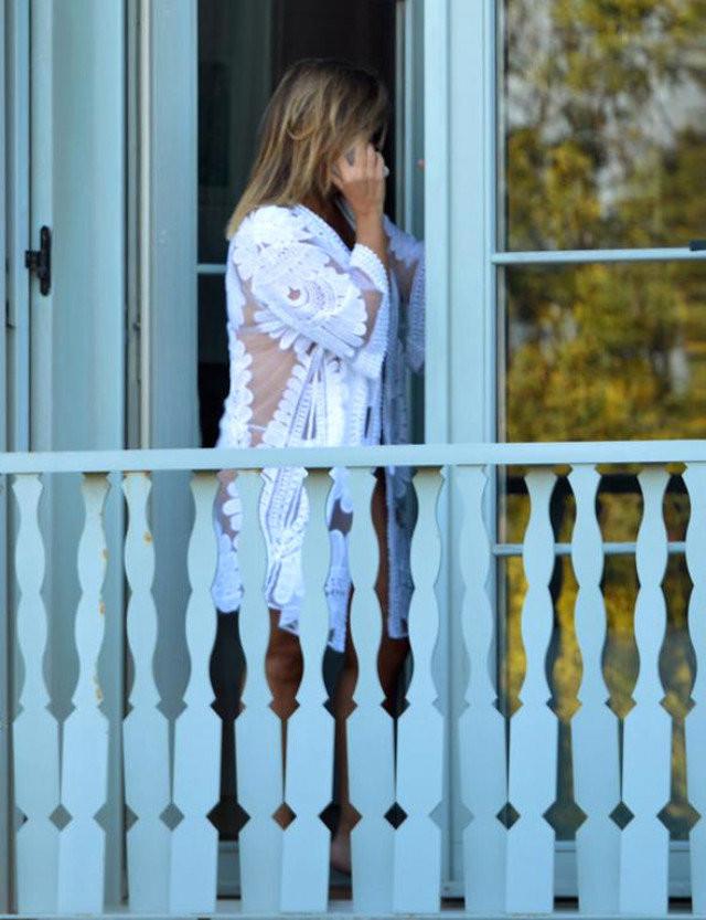 Sibel Can olay balkon fotoğrafıyla ilgili iddialara cevap verdi