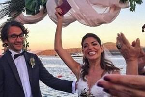 Ünlü dizi oyuncusu evlendi!