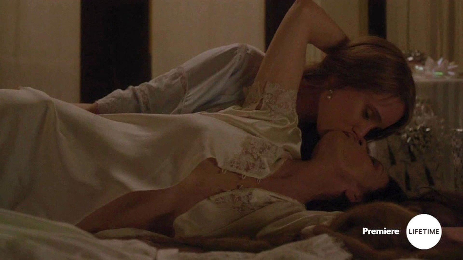Catherine Zeta-Jones'un bu sahneleri çok konuşulacak!