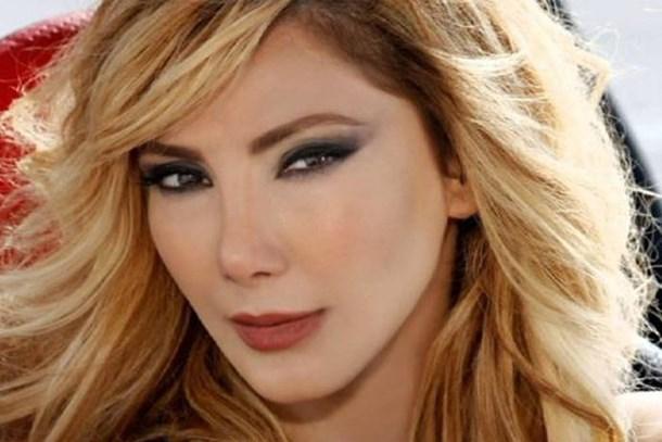 Güzel şarkıcı isyan etti: Ümit Akbulut müzik hayatımı bitirdi
