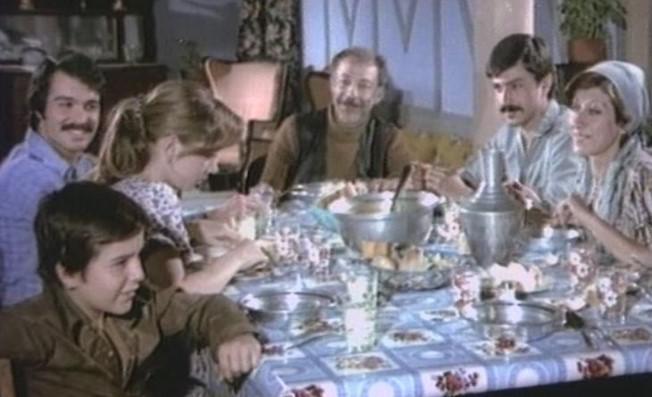 Hababam Sınıfı'nın Mahmut Hoca'sı Münir Özkul'un sevilen filmleri