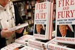 Trump'ı çileden çıkaran kitap çıktığı gün tükendi!