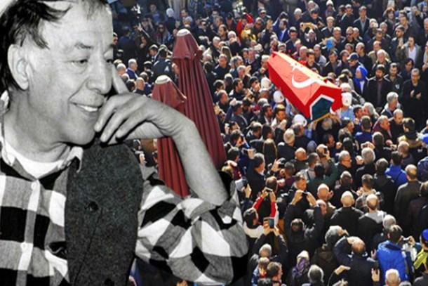Yeşilçam'ın çınarı Münir Özkul, son yolculuğuna böyle uğurlandı: Hababam güm güm güm!