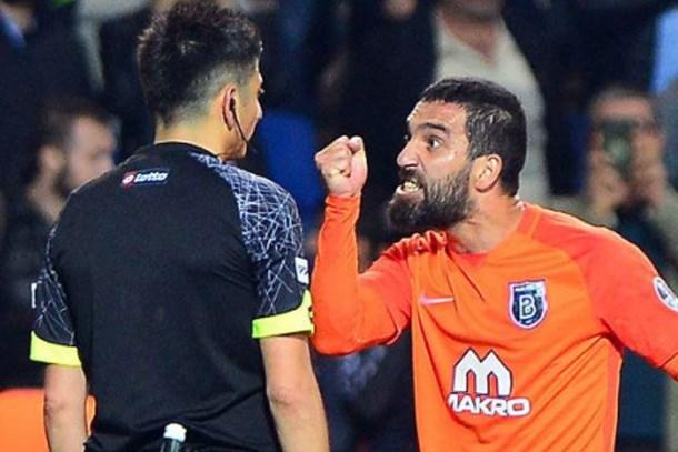 Başakşehir'den Arda Turan'a tarihi ceza!