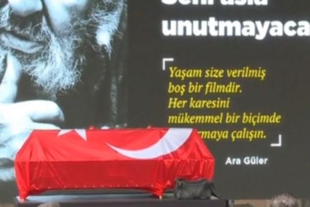Duayen fotoğrafçı Ara Güler son yolculuğuna uğurlanıyor...