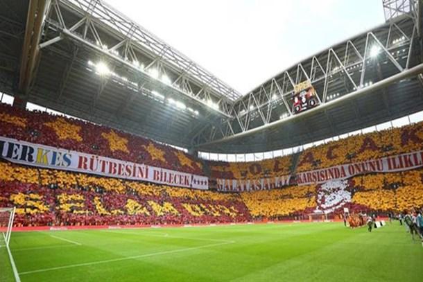 Galatasaray, o ismi stattan sildi!