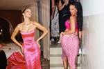 Rihanna'dan Bella Hadid pozu! Sosyal medya sallandı!