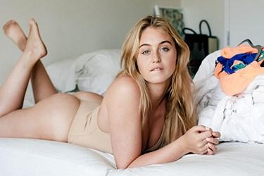 Büyük beden model Iskra Lawrence hamburgerli paylaşımı ile olay oldu!