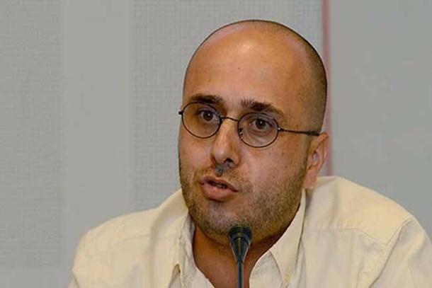 Yıldıray Oğur: Karar'ı çıkaran gazeteciler 28 Şubat'ta bile böyle bir ambargoyla engellenmedi
