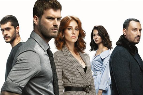 Show TV'nin yeni dizisi 'Çarpışma'nın afişi yayınlandı! (Medyaradar/Özel)