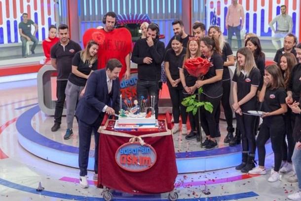 İlker Ayrık'a sürpriz kutlama! Kaç yaşına girdi? (Medyaradar/Özel)