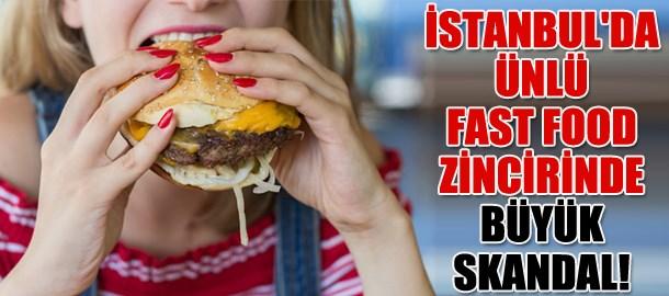İstanbul'da ünlü fast food zincirinde büyük skandal! Hamburgerin yarısına geldiğinde fark etti!